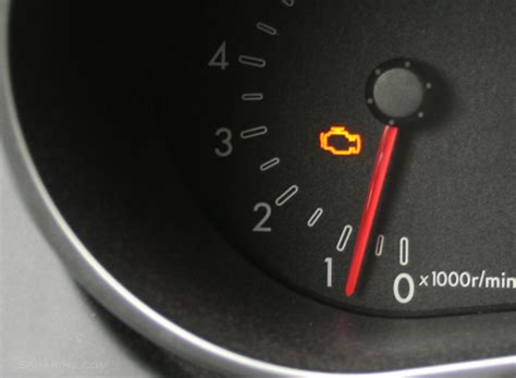 Check Engine light: what to check, common problems, repair