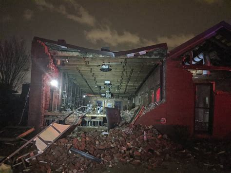 Tornadoes shred 40 buildings around Nashville
